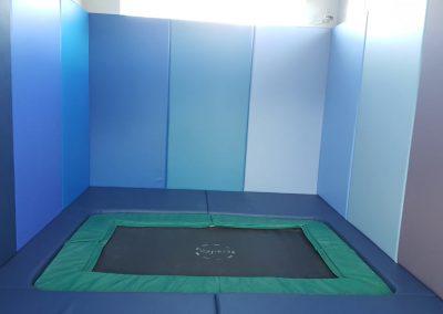 trampoline-room